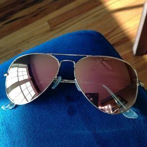 Accessories - Polarized aviator sunglasses.